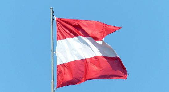 Österreichs Bonität wurde um eine Stufe nach unten gesenkt // Bild: pixabay.com - Hans
